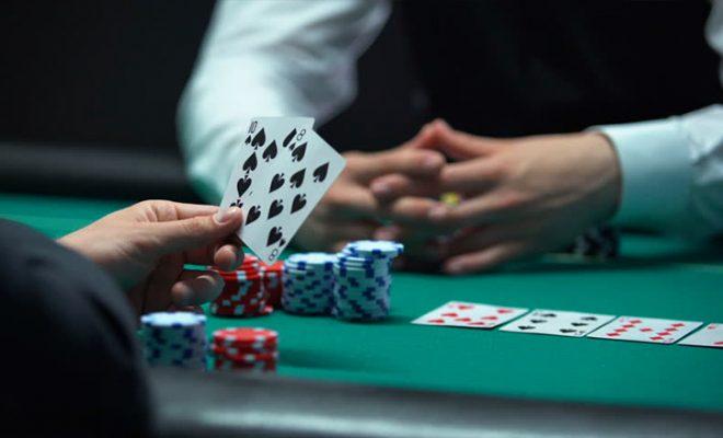 Sebelum Download Aplikasi Game Judi Poker, Simak Seluk-beluk Poker Berikut