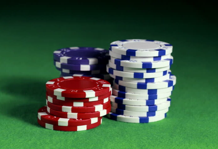 How to Play Online Casino with Little Capital