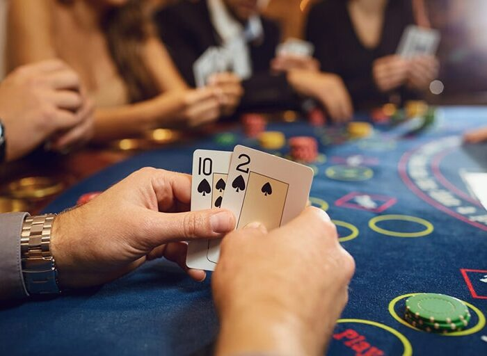 Tips for Playing with a Safe and Comfortable Poker Agent